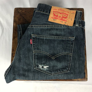 Men's Levi's 501 in Dark Wash W32 L32 Original Fit